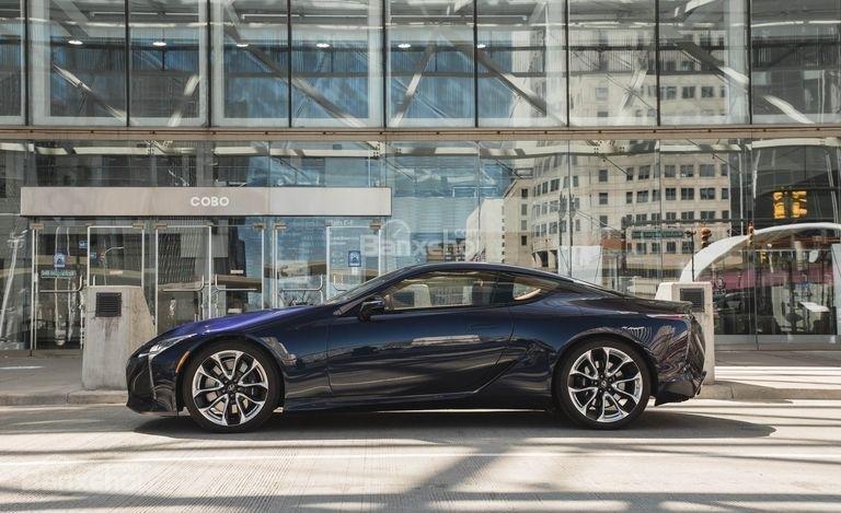Đánh giá xe Lexus LC 2018: Thân xe.