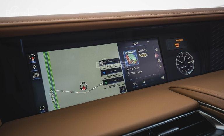 Đánh giá xe Lexus LC 2018: Xe được trang bị nhiều công nghệ hiện đại.