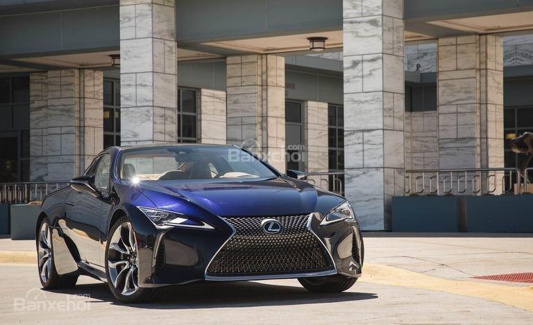 Đánh giá xe Lexus LC 2018.