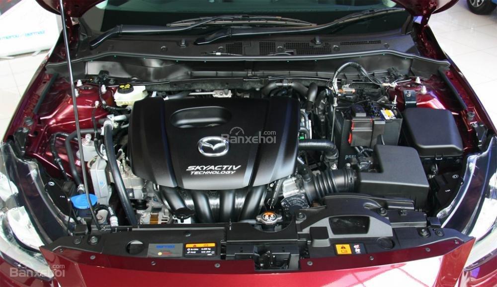 Đánh giá xe Mazda 2 2017-2018: Xe được tích hợp thêm công nghệ GVC.