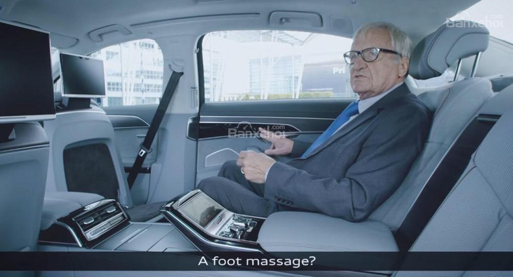 Audi A8 mới có thêm tính năng massage chân.
