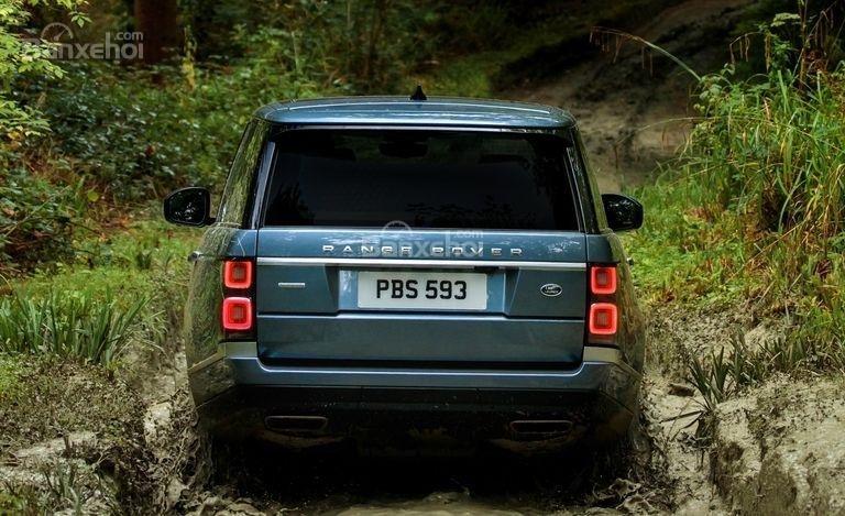 Đánh giá xe Land Rover Range Rover 2018 về cảm giác lái  1a