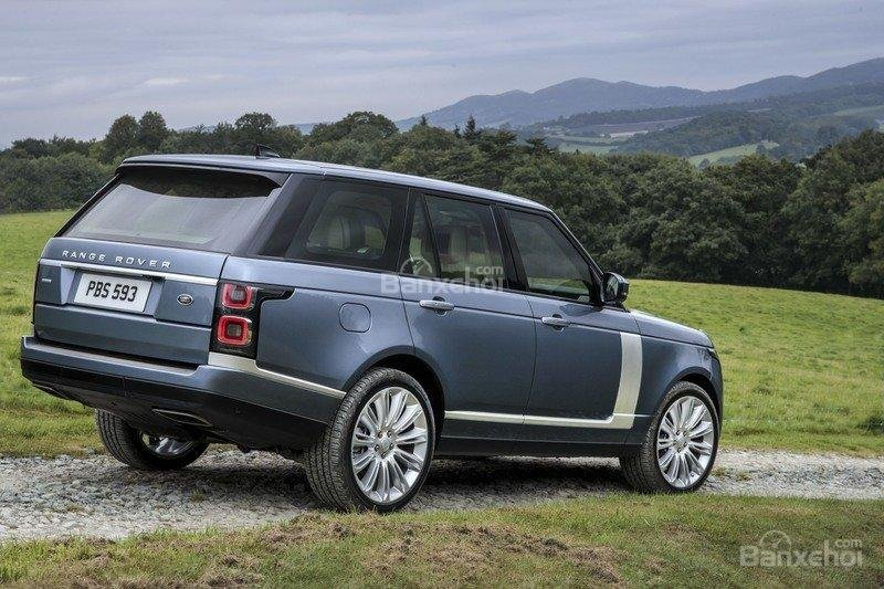 Đánh giá xe Land Rover Range Rover 2018 về cảm giác lái  a2