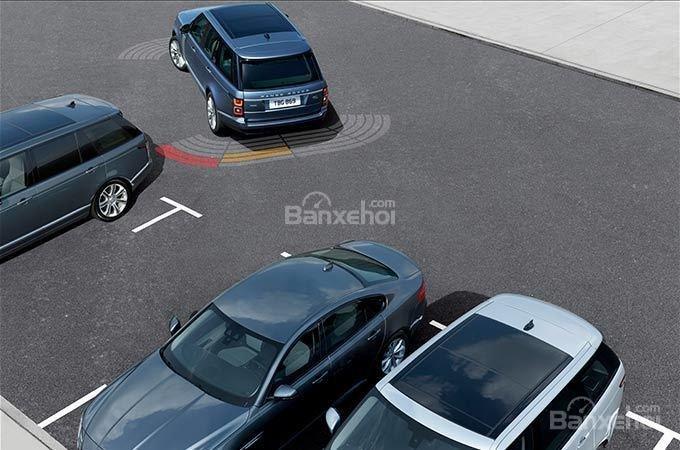 Đánh giá xe Land Rover Range Rover 2018 về trang bị an toàn a1