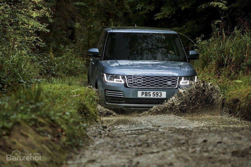 Land Rover Range Rover 2018 sở hữu thế mạnh riêng khiến người dùng không thể cưỡng lại/