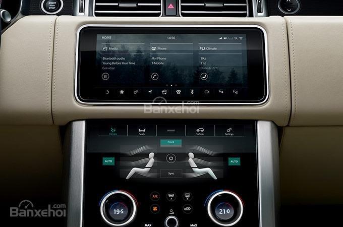 Màn hình cảm ứng trên xe Land Rover Range Rover 2018