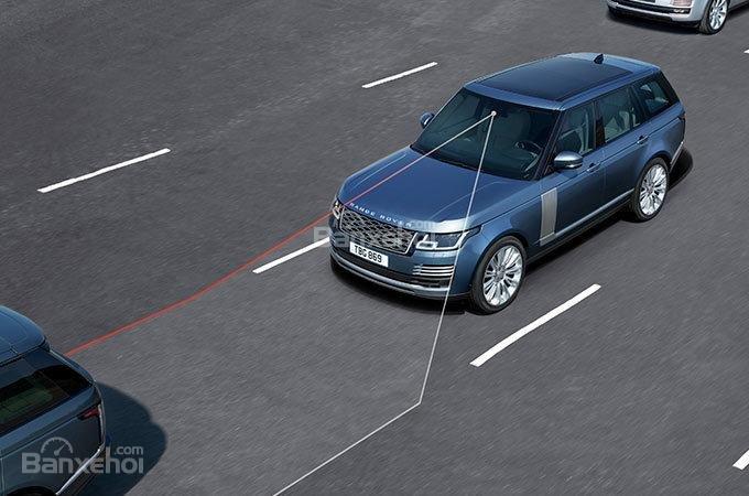 Đánh giá xe Land Rover Range Rover 2018 về trang bị an toàn a2
