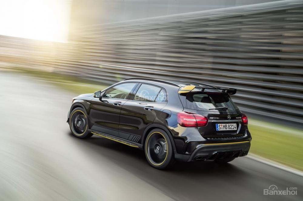 Đánh giá xe Mercedes-Benz GLA 2018 3
