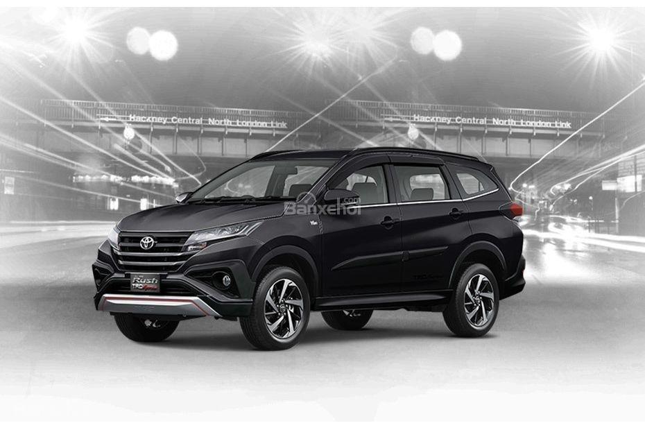 Toyota Rush 2018 có 6 tùy chọn ngoại thất: Đen.