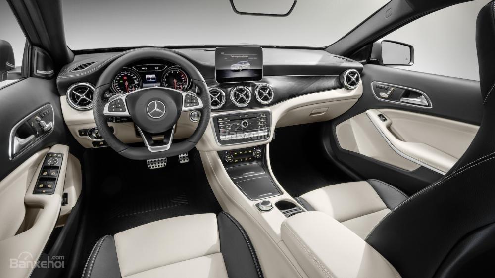 Mercedes-Benz GLA 2018 sở hữu khoang nội thất sang trọng cuốn hút và hiện đại/