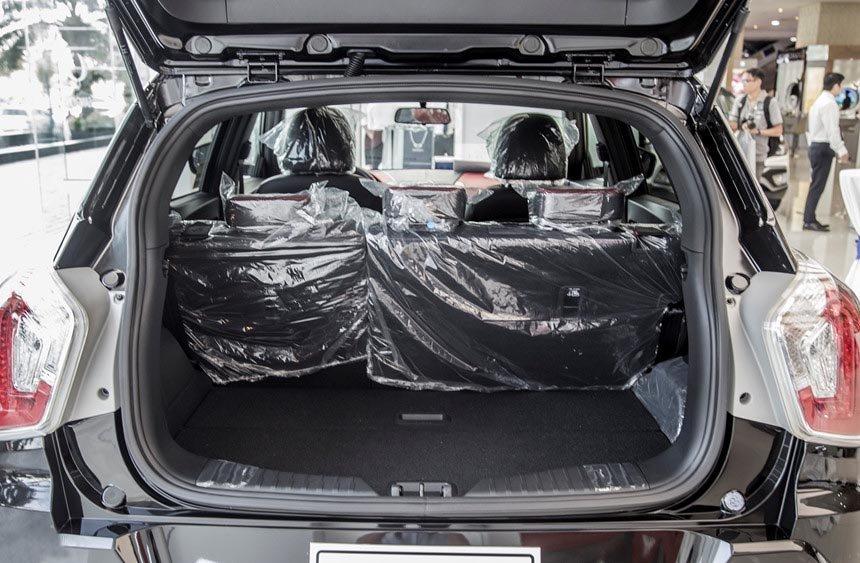Ảnh chụp khoang hành lý xe SsangYong Tivoli 2018