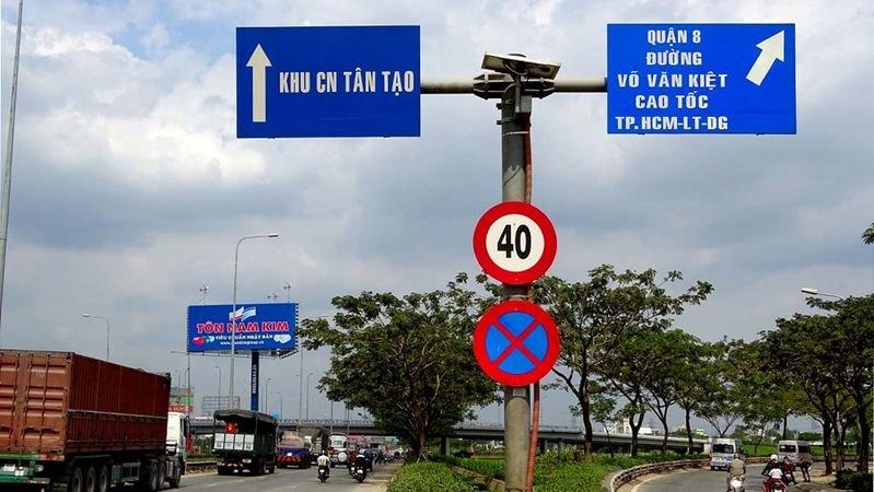 Chú ý các biển báo giao thông 2