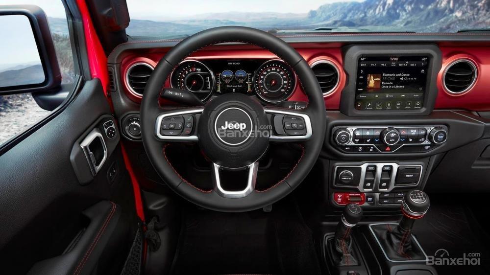 Bảng điều khiển trung tâm xe Jeep Wrangler 2018