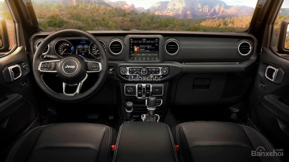 Khoang nội thất xe Jeep Wrangler 2018