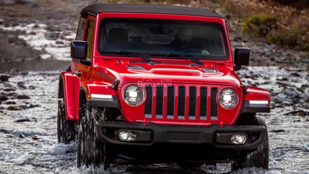 Đầu xe Jeep Wrangler 2018