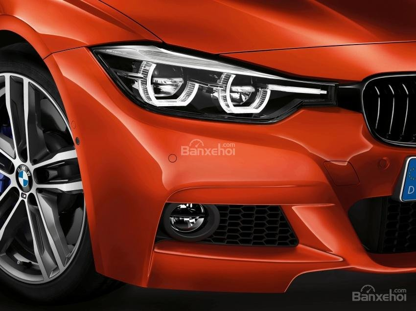 Đèn pha và đèn sương mù của BMW 3-Series F30