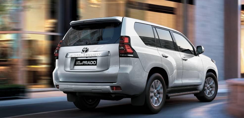 Đuôi xe Toyota Land Cruiser Prado 2018