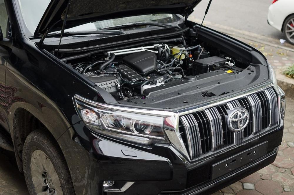Động cơ xe Toyota Land Cruiser Prado 2018