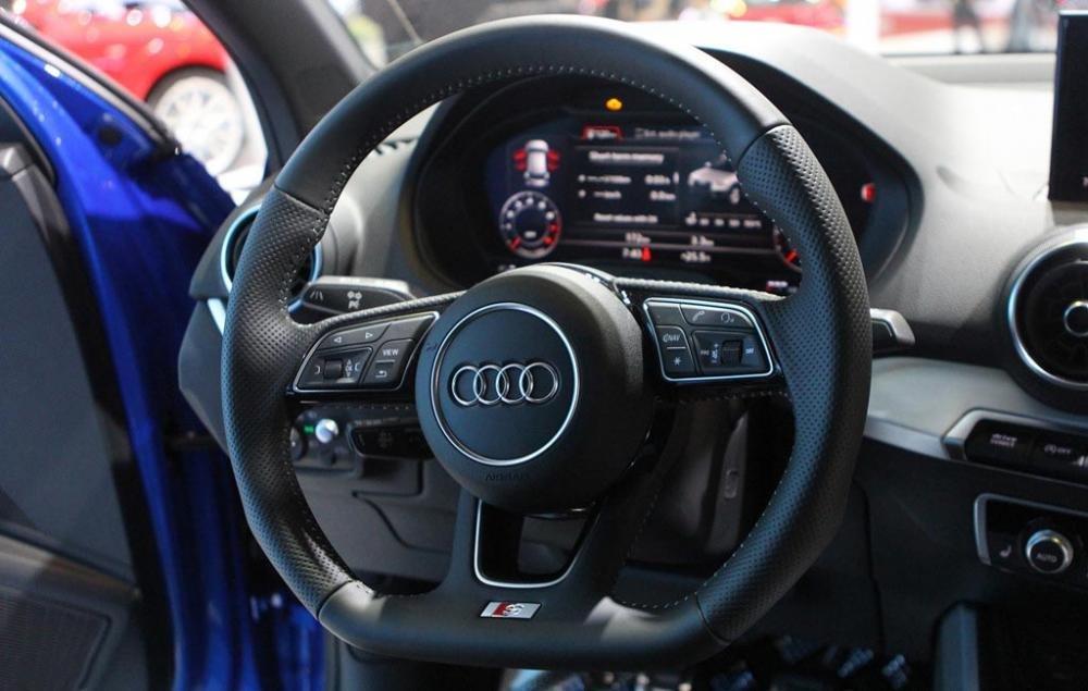 Ảnh chụp vô-lăng xe Audi Q2 2018