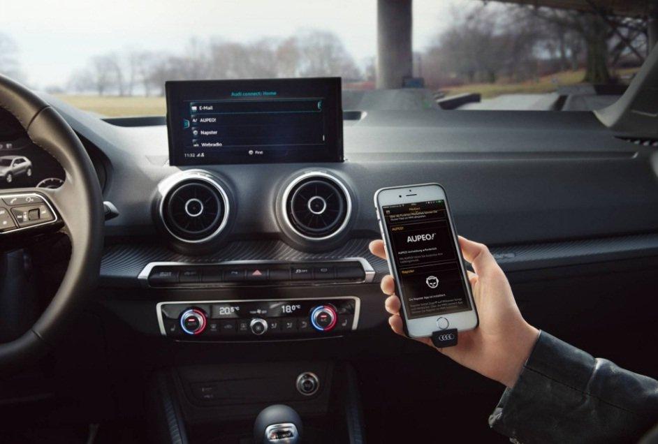 Ảnh chụp màn hình xe Audi Q2 2018