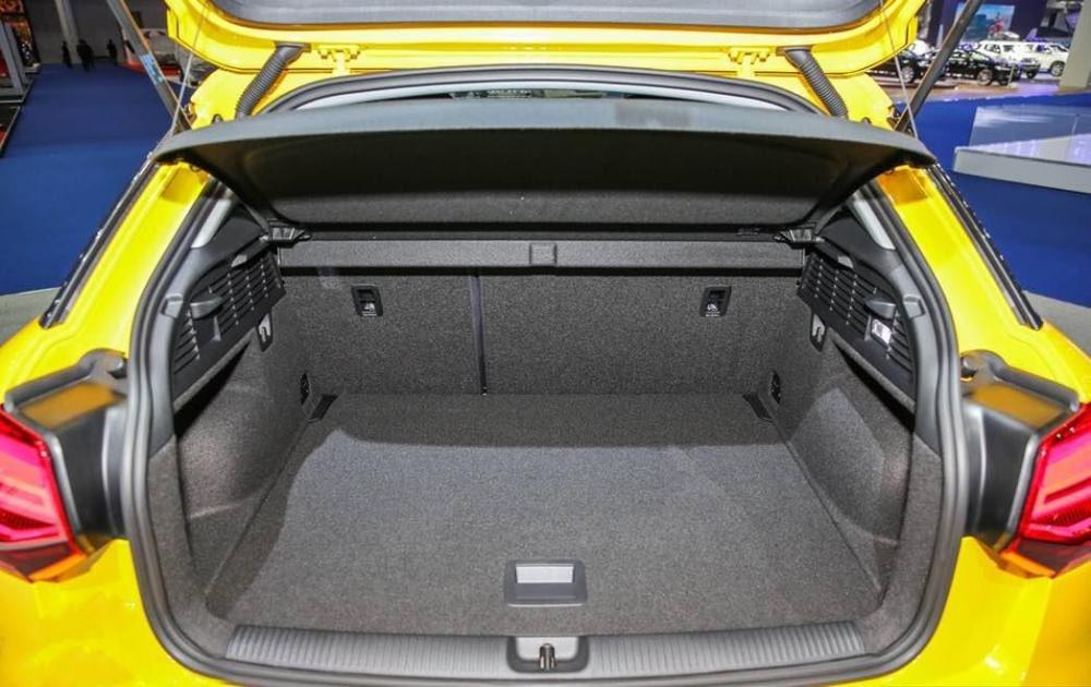 Ảnh chụp khoang hành lý xe Audi Q2 2018