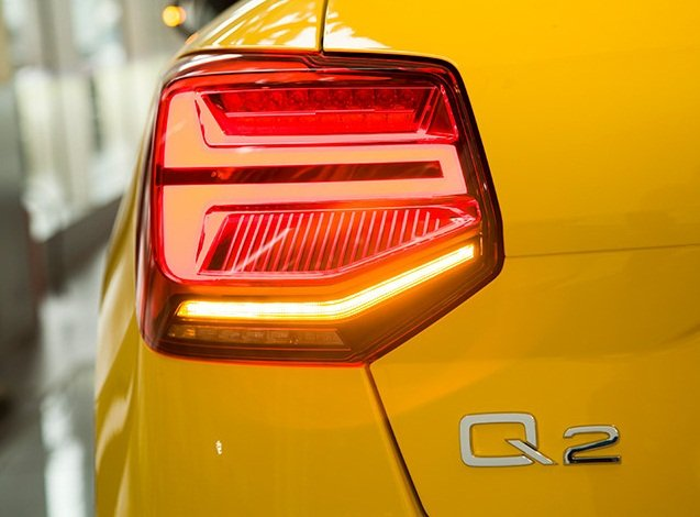 Ảnh chụp đèn hậu xe Audi Q2 2018