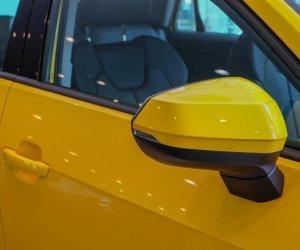 Ảnh chụp gương xe Audi Q2 2018