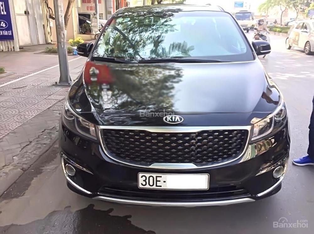 Chính chủ bán Kia Sedona 2.2L DATH đời 2017, màu đen-0