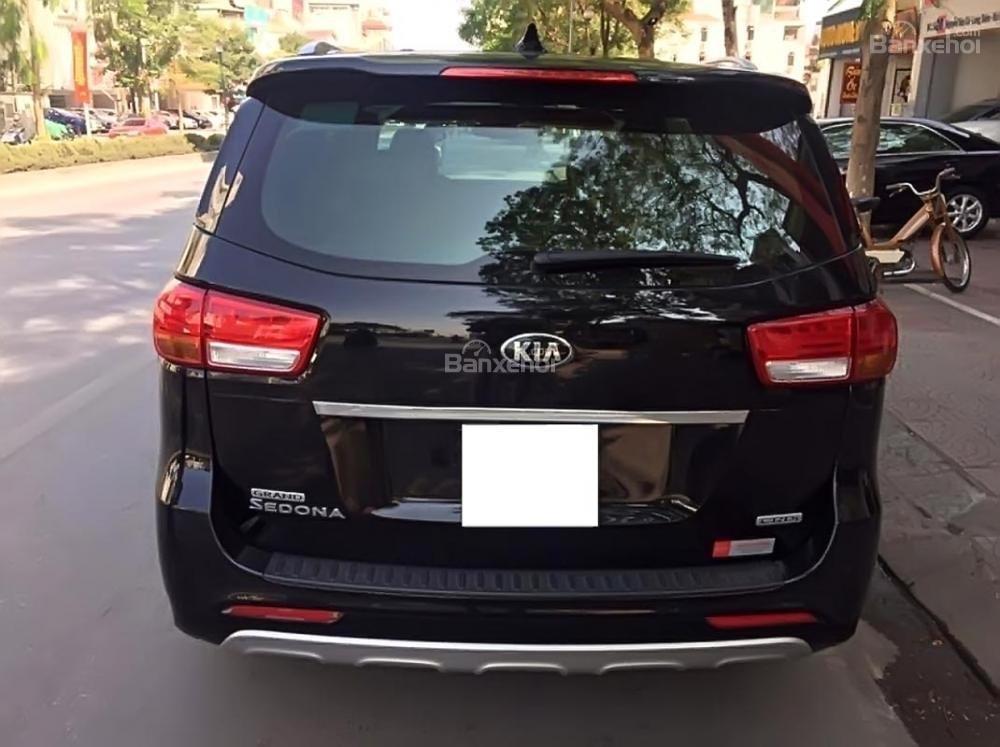 Chính chủ bán Kia Sedona 2.2L DATH đời 2017, màu đen-1