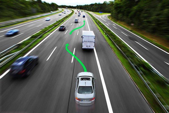 Kết quả hình ảnh cho vượt xe an toàn