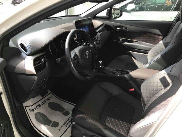 Ước tính phí lăn bánh của Toyota C-HR động cơ Turbo mới cập bến Việt Nam - Ảnh 5.