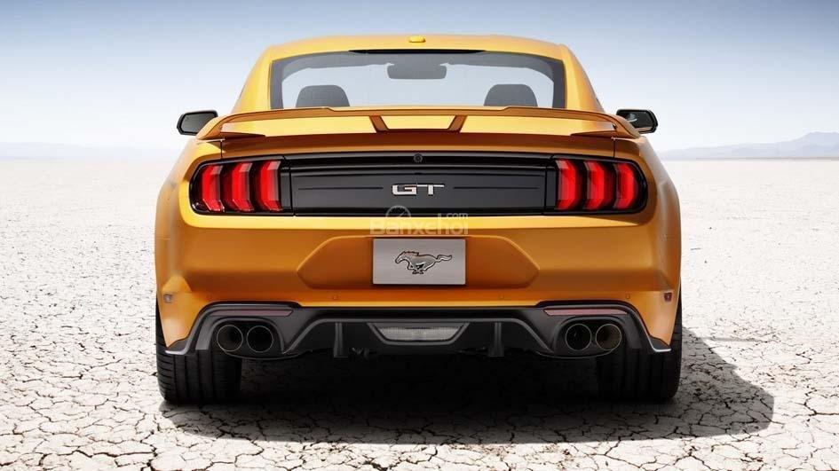 Đuôi xe Ford Mustang GT 2018