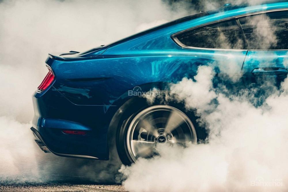 Đánh giá xe Ford Mustang 2018 về trang bị an toàn/
