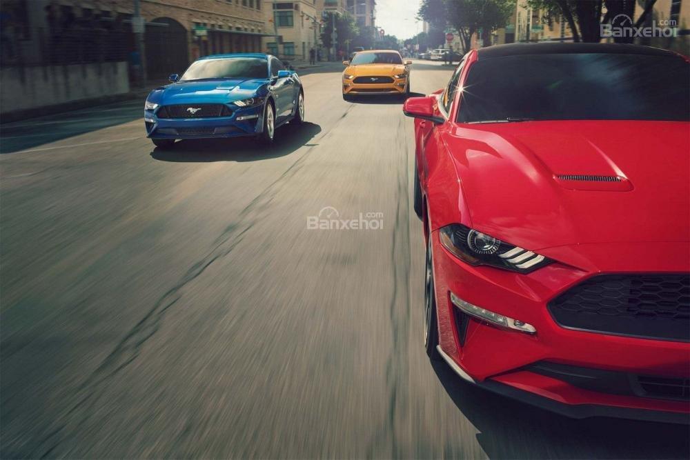 Đánh giá xe Ford Mustang 2018 về mức tiêu hao nhiên liệu/