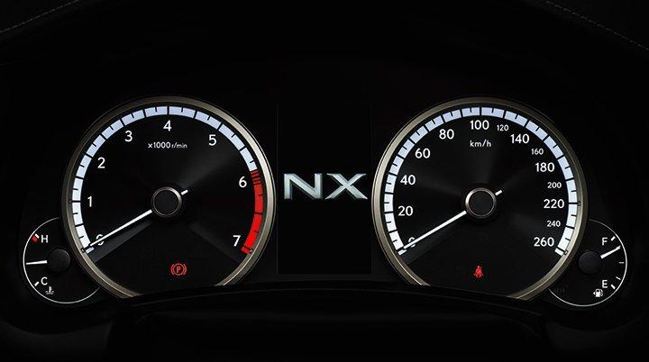 Ảnh chụp đồng hồ sau vô-lăng xe Lexus NX 300 2018