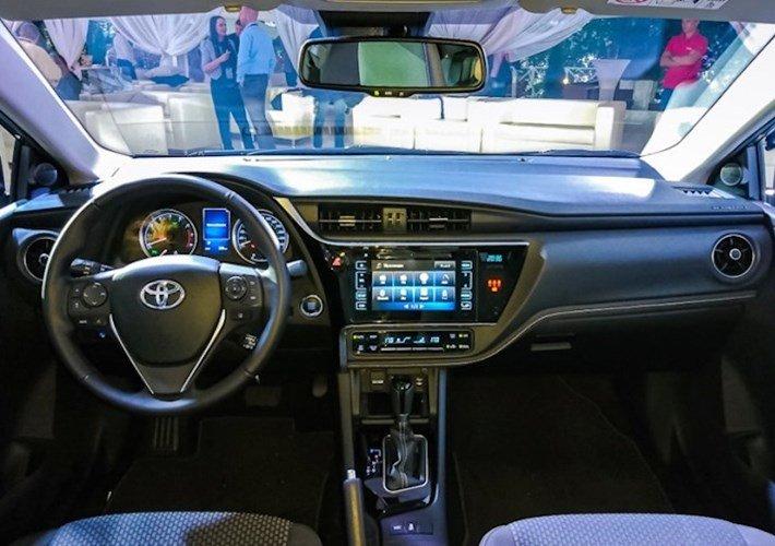 Nên mua Toyota Corolla Altis hay Toyota Vios 2018_13