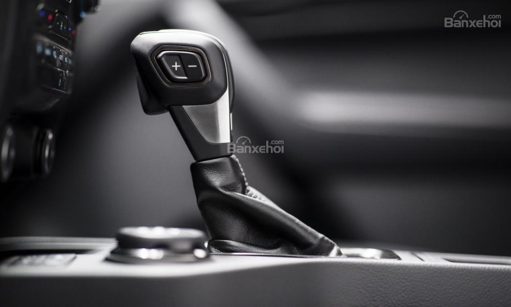 Ford Ranger 2019 sở hữu động cơ EcoBoost tăng áp 4 xi-lanh 2.3L đi kèm hộp số tự động 10 cấp .