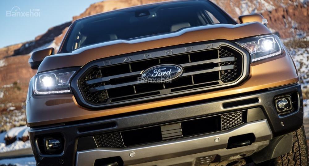 Lưới tản nhiệt xe Ford Ranger 2019-2020