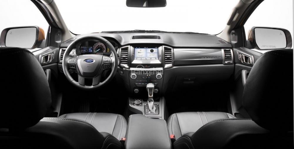Khoang nội thất xe Ford Ranger 2019-2020