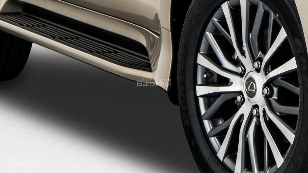 Mâm xe Lexus LX 570 2018 bản 5 chỗ