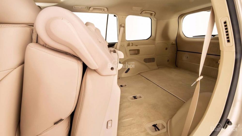 Đánh giá xe Lexus LX 570 2018 bản 5 chỗ: Hàng ghế sau gập linh hoạt...