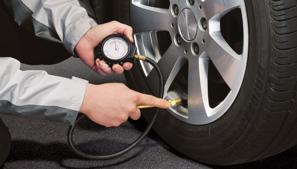 Áp suất lốp không đủ tiêu chuẩn 3