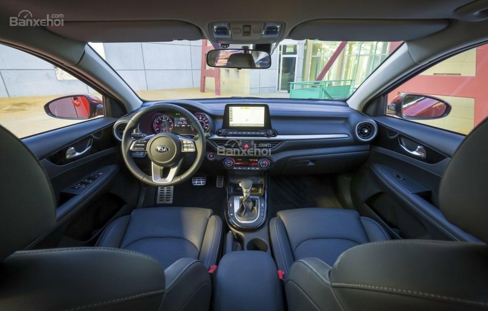 Ảnh nội thất xe Kia Cerato (Forte) 2019-2020
