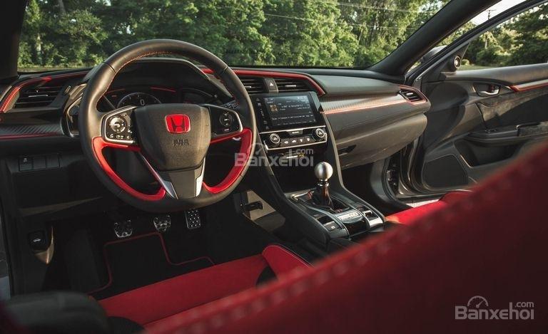 Đánh giá xe Honda Civic Type R 2018 về nội thất