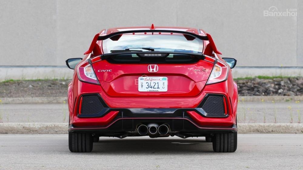 Đuôi xe Honda Civic Type R 2018