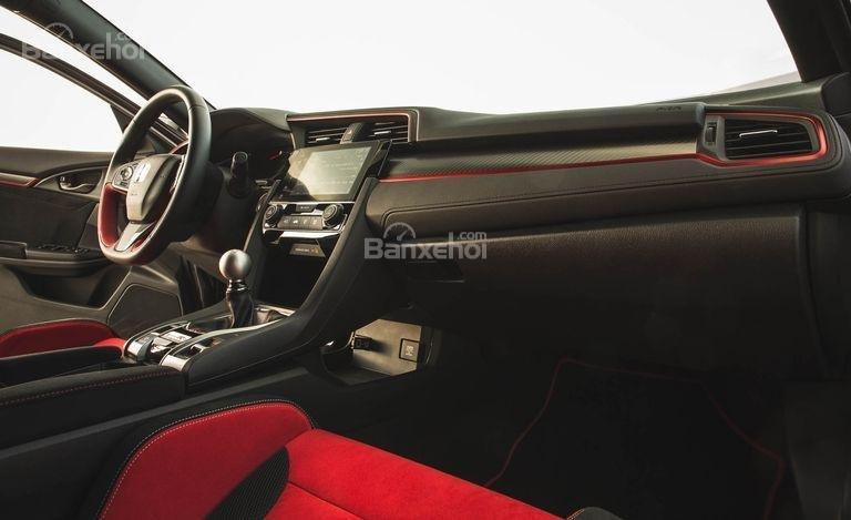 Đánh giá xe Honda Civic Type R 2018 về bảng tablo