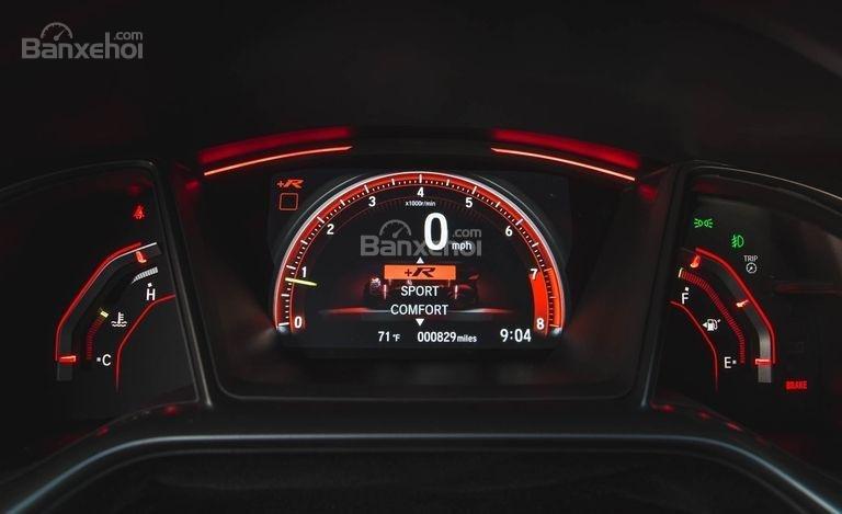 Đánh giá xe Honda Civic Type R 2018 về cụm đồng hồ lái a1