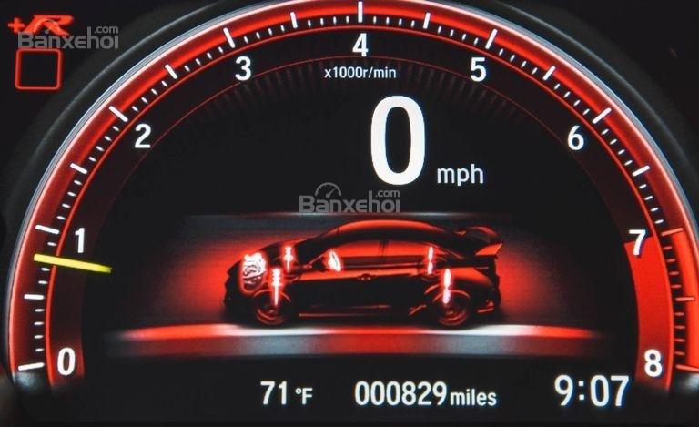 Đánh giá xe Honda Civic Type R 2018 về cụm đồng hồ lái a2