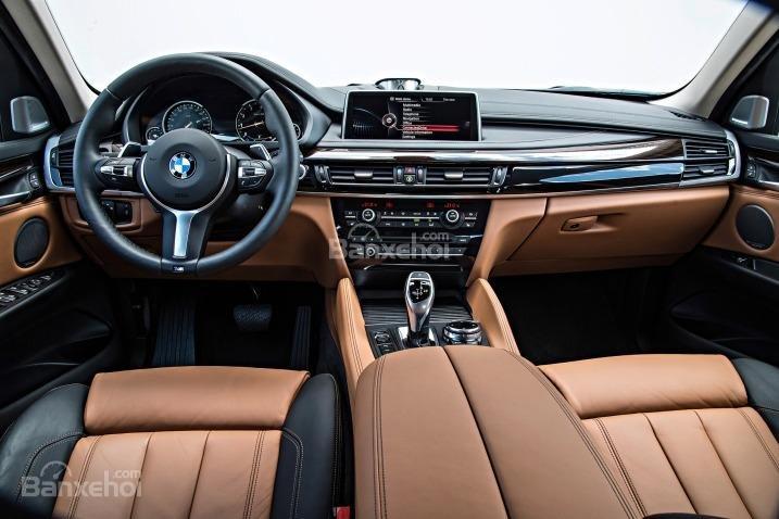 Đánh giá xe BMW X6 2018: Vô-lăng bọc da thể thao