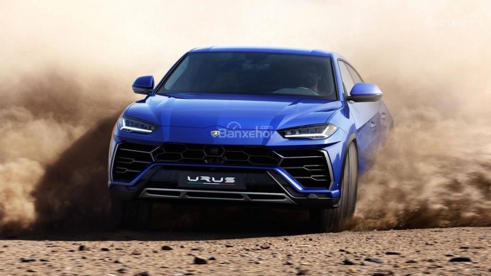 Lamborrghini Urus 2019 được trang bị hộp số 8AT và hệ dẫn động Lamborghini 4WD.
